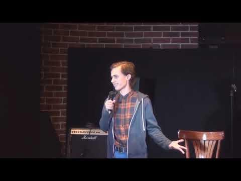 Александр Долгополов рассказывает депрессивные шутки